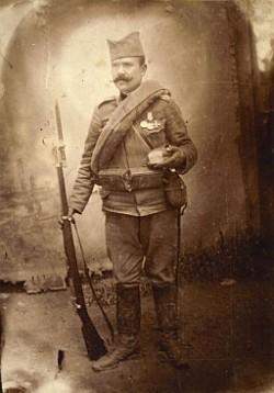 Srpski vojnik u ruci drži tain: Tajni sastojak koji je davao snagu