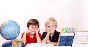 (FOTO) Učeniku škola već dosadila: Reakcija na domaći zadatak je urnebesna