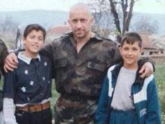 (FOTO+VIDEO) Ovo je RUSKI RAMBO koga svi Srbi treba da POŠTUJU: Došao da brani Kosovo, izgubio nogu spasavajući saborce, a poginuo kada se sklonio od svega(FOTO+VIDEO) Ovo je RUSKI RAMBO koga svi Srbi treba da POŠTUJU: Došao da brani Kosovo, izgubio nogu spasavajući saborce, a poginuo kada se sklonio od svega