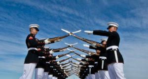 """(VIDEO) Američki marinci pevaju """"Bože, spasi Kosovo"""": Više nas ništa ne može iznenaditi!"""